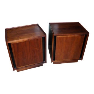 Milo Baughman for Dillingham Mid-Century Modern Walnut Nightstands - A Pair
