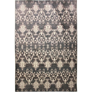 Aara Hand Knotted Ikat Rug- 9′10″ × 14′1″