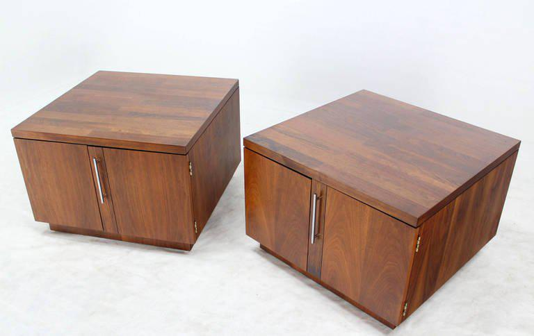 Pair Of Mid Century Modern Cube Shape End Table Cabinets In Rosewood Walnut    Image