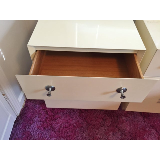 Mid-Century White Lacquer Nightstands - a Pair - Image 4 of 9
