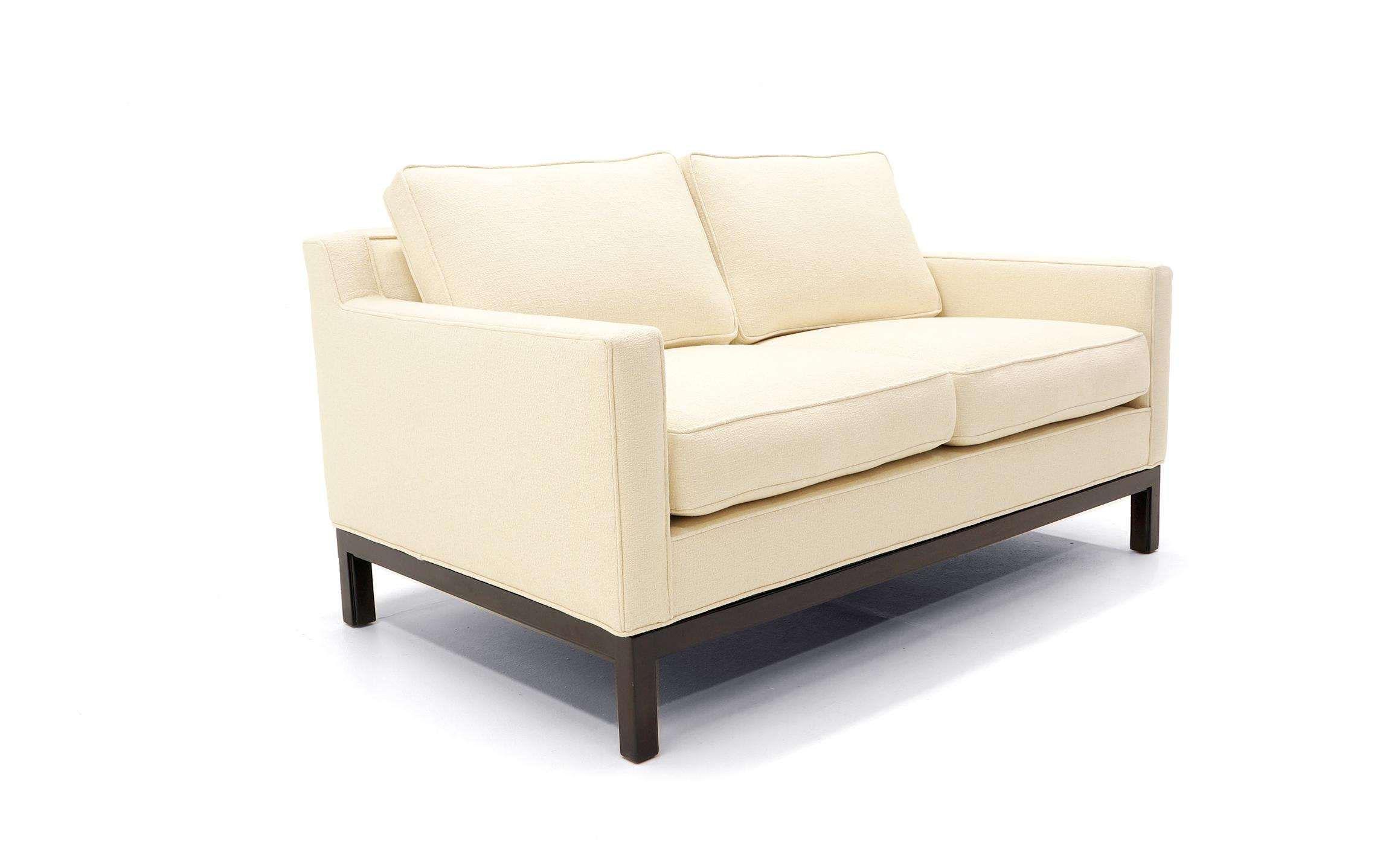 Lovely Edward Wormley for Dunbar Sofa and Loveseat  : 1c3316c6 667e 4f80 af87 8a98bef26601aspectfitampwidth640ampheight640 from www.decaso.com size 640 x 640 jpeg 19kB