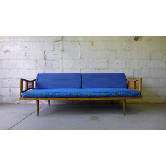 Mid century modern daybed sofa chairish for Mid century modern day bed