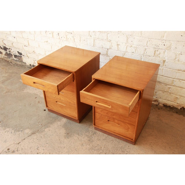 Edward Wormley for Dunbar Mid-Century Nightstands - a Pair - Image 8 of 11