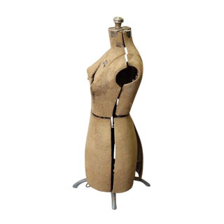 L & M Table Top Dress Form