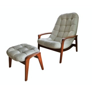 R. Huber & Co. Danish Modern Lounge Chair