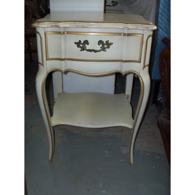 French Provincial Style Night Stand Table - Image 7 of 7
