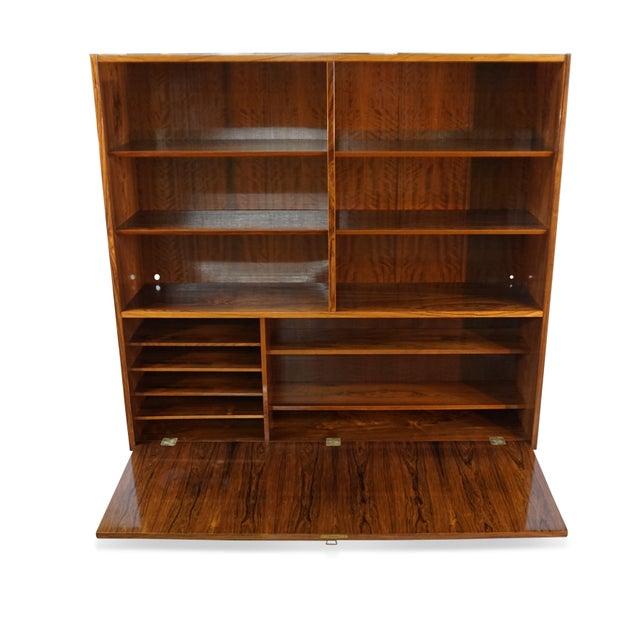 Original Danish Mid Century Hundevad Rosewood Bookcase - Image 4 of 9