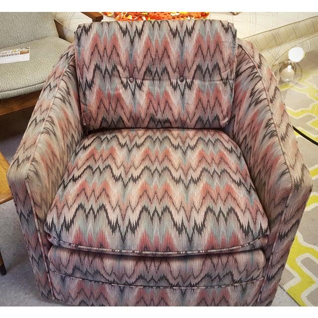 Vintage Post Modern Swivel Club Chair - Image 8 of 8