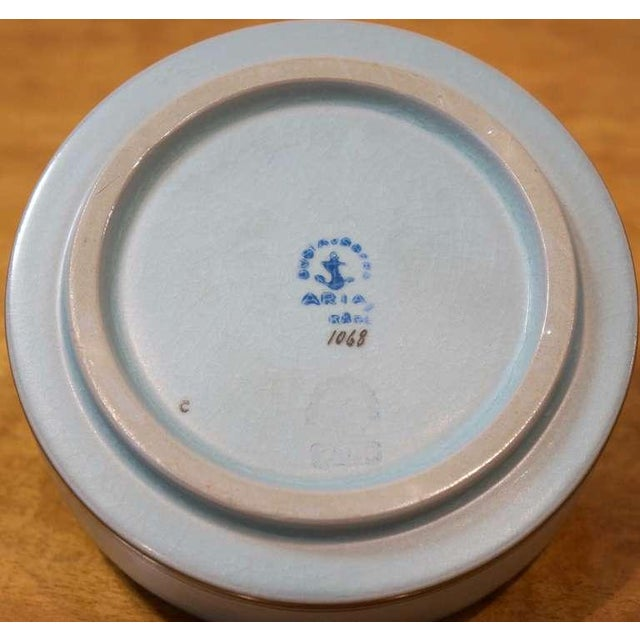 Round Lidded Box - Image 7 of 7