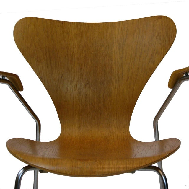Three Arne Jacobsen Series Seven-Arm Chairs for Fritz Hansen - Image 3 of 6