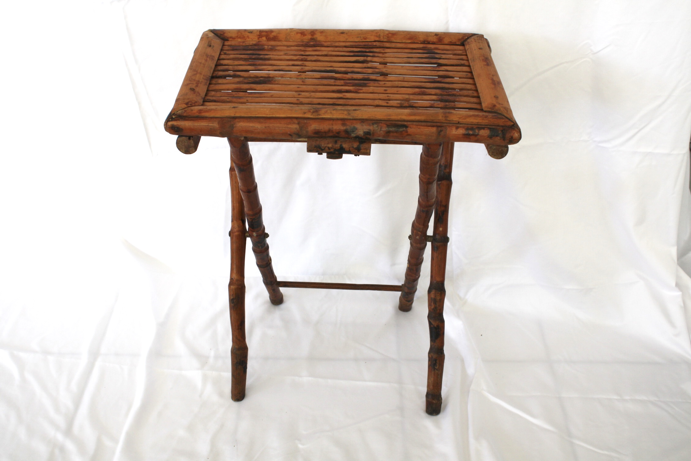 Bamboo Folding Tray Table   Image 4 Of 7