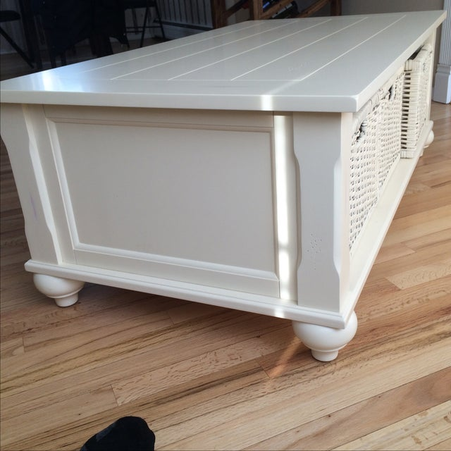 Antique Traditional White Coffee Table - Image 4 of 8