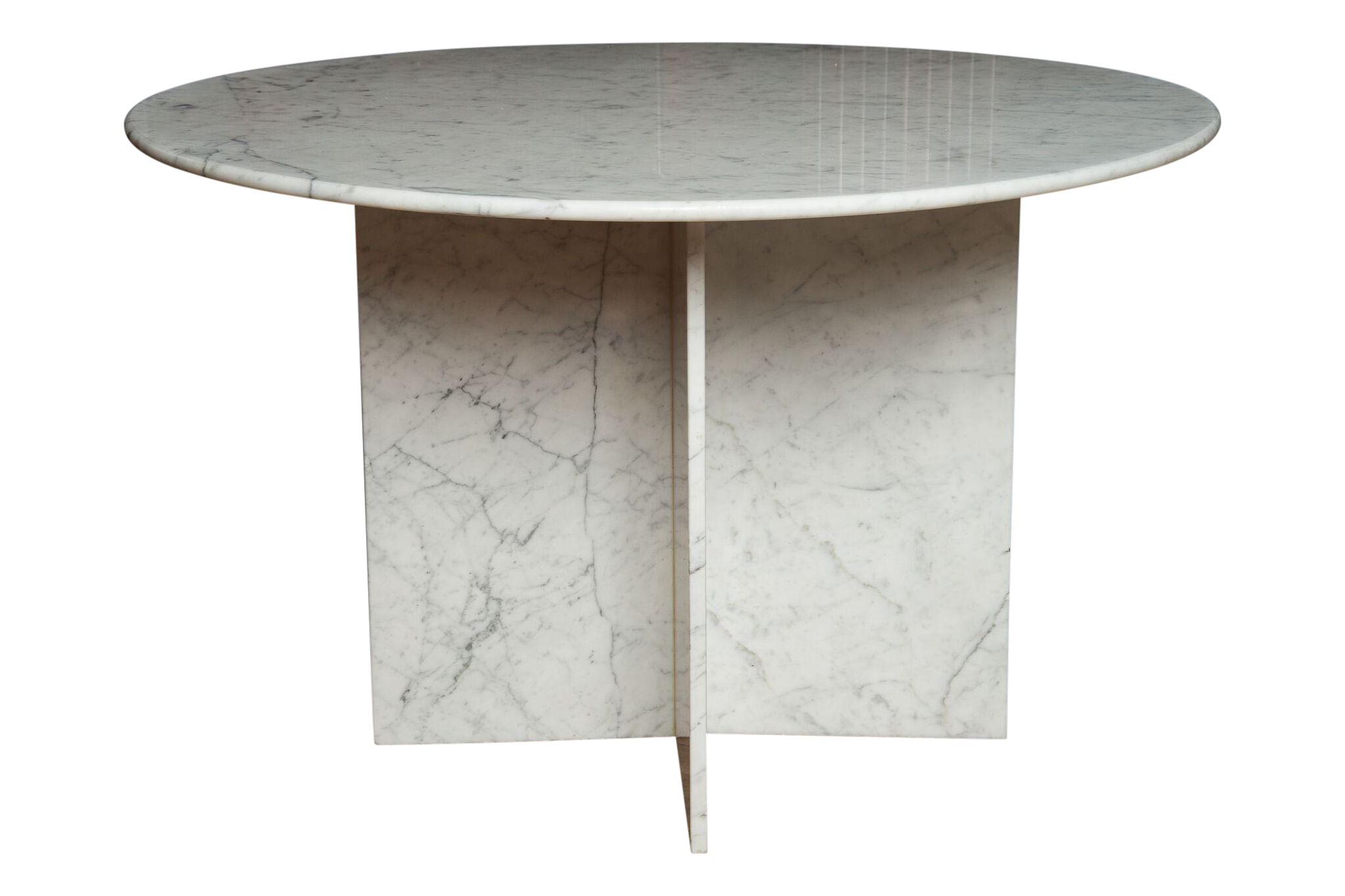 Round Carrara Marble Pedestal Dining Table Chairish : round carrara marble pedestal dining table 7447aspectfitampwidth640ampheight640 from www.chairish.com size 640 x 640 jpeg 23kB