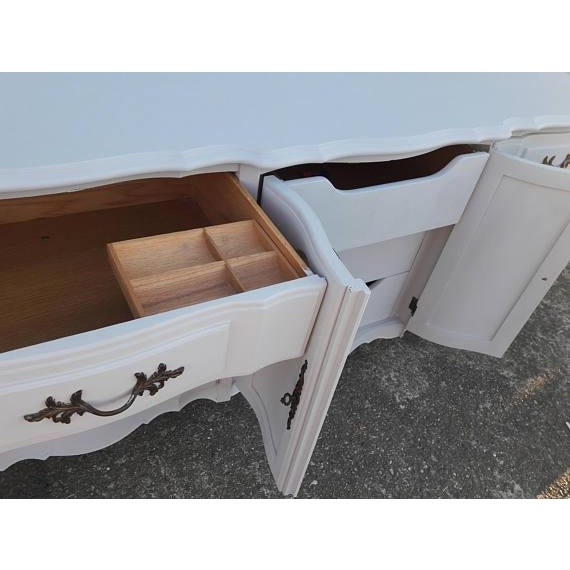 French Provincial Farmhouse Style Gray Lowboy Sideboard - Image 5 of 8