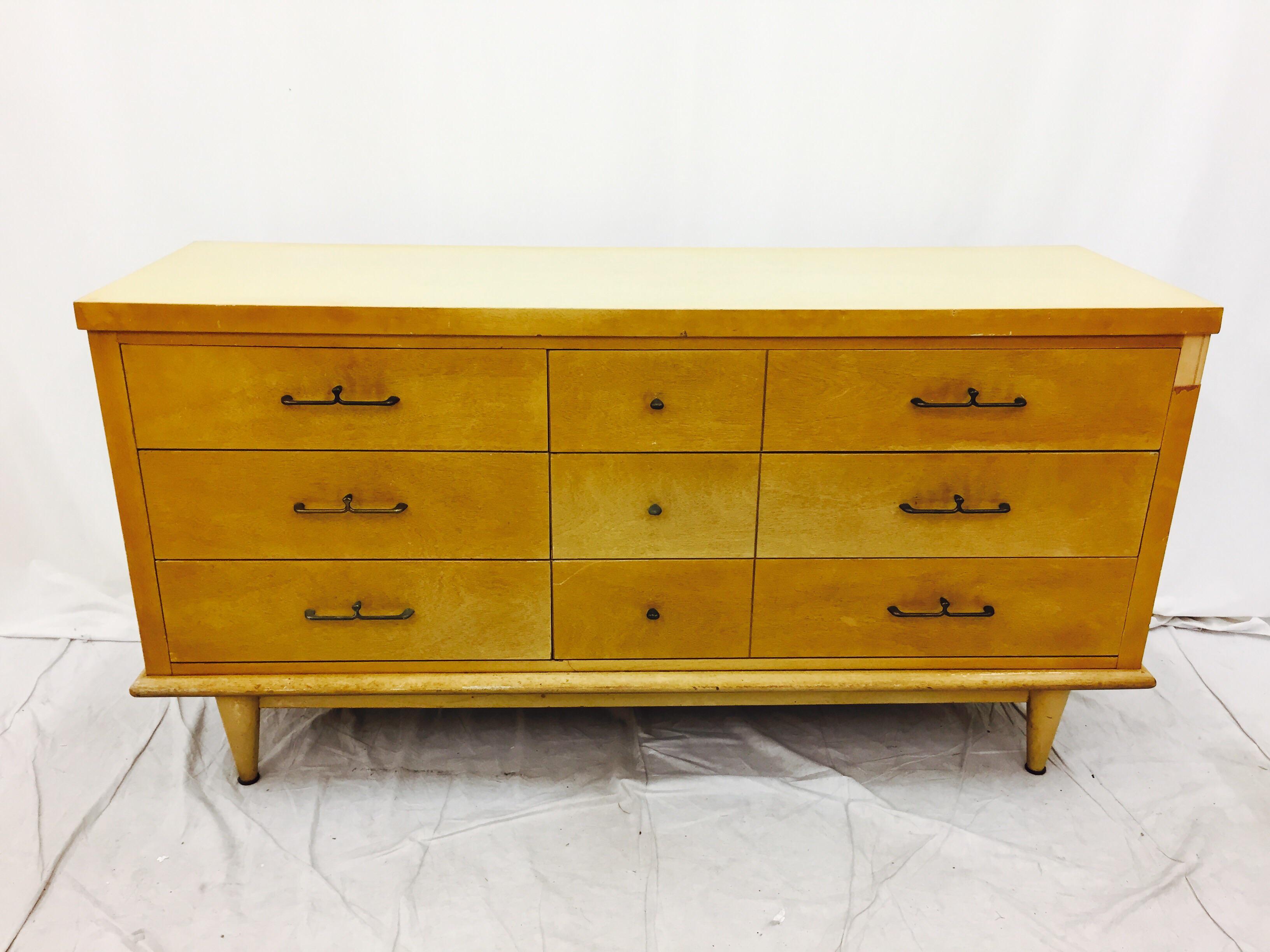 Vintage Dixie Furniture Mid Century Dresser   Image 3 Of 8