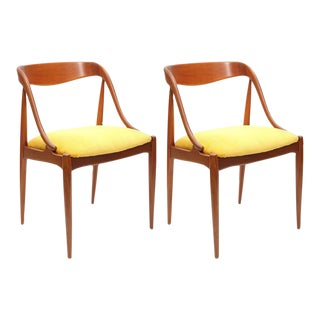 Pair of Johannes Andersen Teak Chairs, 1960s, Denmark