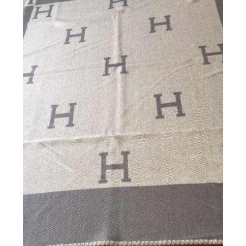 "Image of Hermès Estate ""H"" Avalon Blanket Throw"