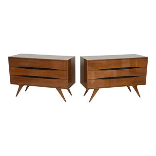 Fine Pair of Italian Modern Three-Drawer Commodes, Campo and Graffi Attributed