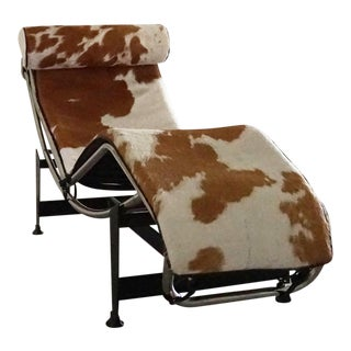 Vintage L'Corbusier Lc4 Style Cowhide Upholstered Chaise Lounge