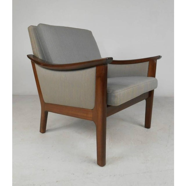 Mid-century Ole Wanscher Style Living Room Suite - Image 7 of 10