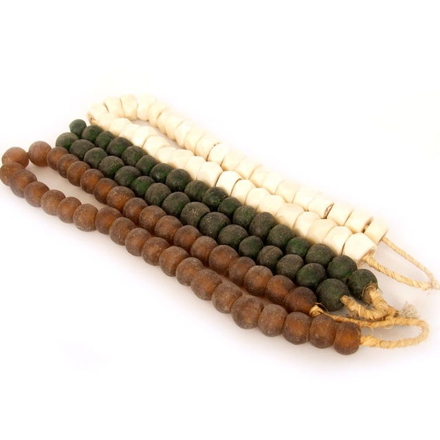 Brown & Green Decorative Beads - Image 2 of 5