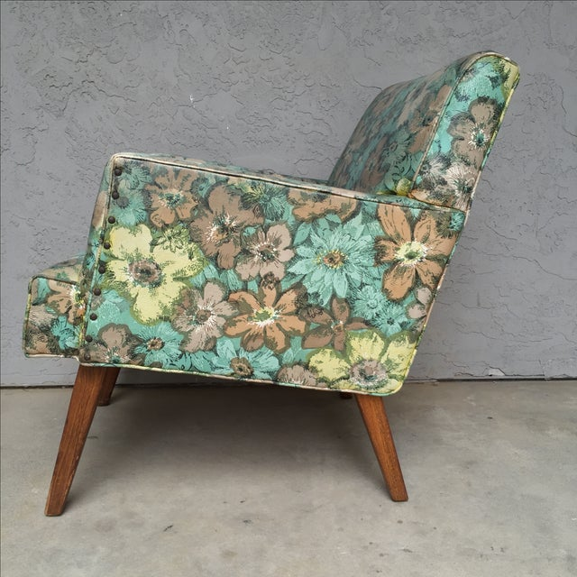 Mid-Century Floral Vinyl & Walnut Lounge Chair - Image 3 of 9