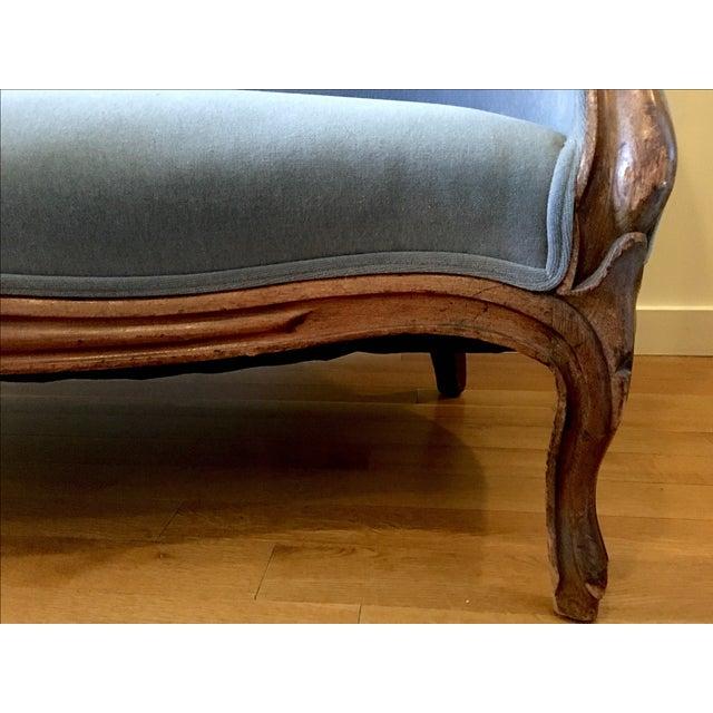 Blue Velvet Victorian Walnut Frame Sofa - Image 4 of 5