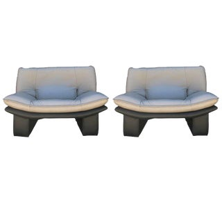 Pair of Leather Italian Lounge Chairs by Nicoletti Salotti