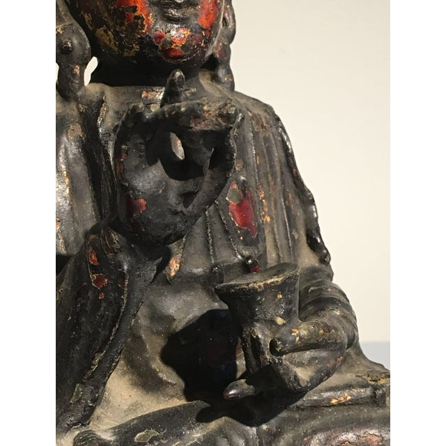 Chinese Lacquer Gilt Bronze Figure of Guanyin, late Ming Dynasty - Image 10 of 11