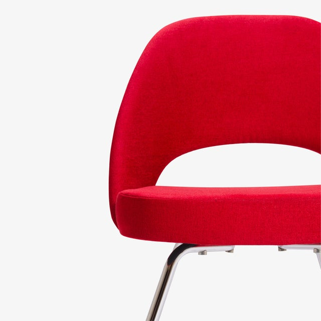 Saarinen for Knoll Executive Armless Chairs in Original Knoll Fire-Red, Pair - Image 7 of 9