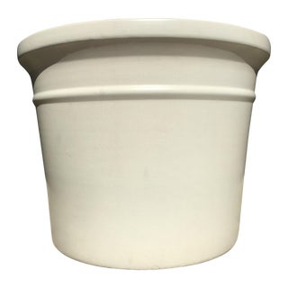 Large White Gainey Architectural Pot