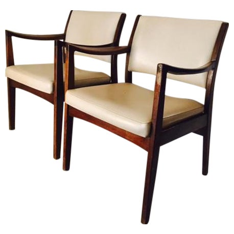 Image of Vintage Mid-Century Johnson Chairs - A Pair