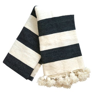 Black & White Pom Pom Moroccan Blanket