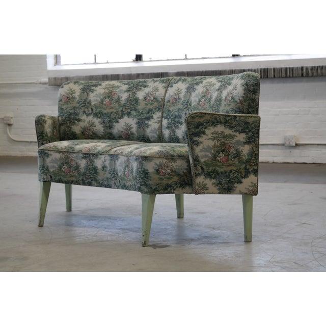 Simon poul henningsen danish sofas a pair chairish for Divan 2 copenhagen