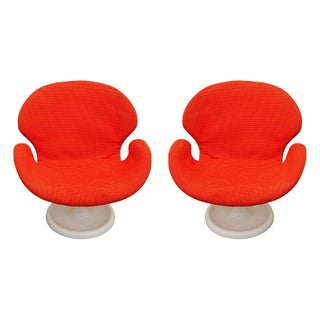 Swan Style Lounge Chairs - A Pair