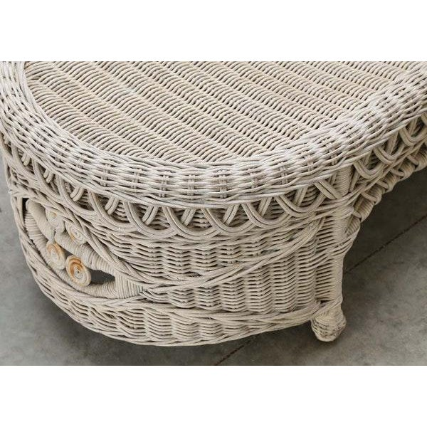 Chic Rattan Coffee Table: Vintage Victorian Bar Harbor Style Oval Wicker Coffee