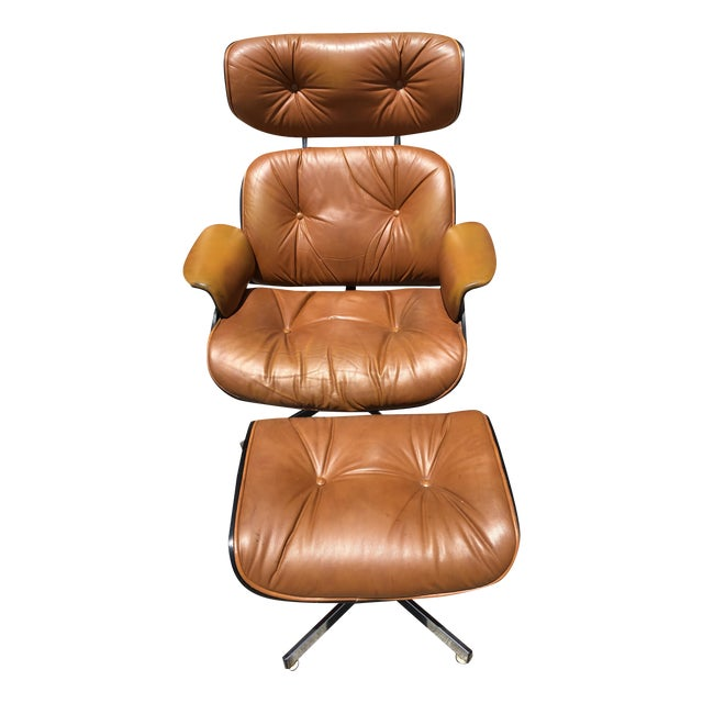 Image of Mid-Century Lounge Chair & Ottoman by Plycraft