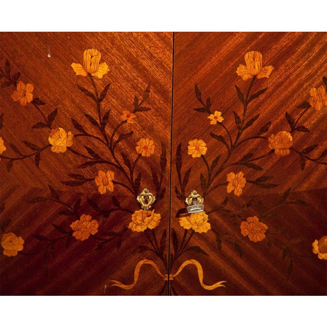 French Style Mahogany Bar Cabinet - Image 4 of 10