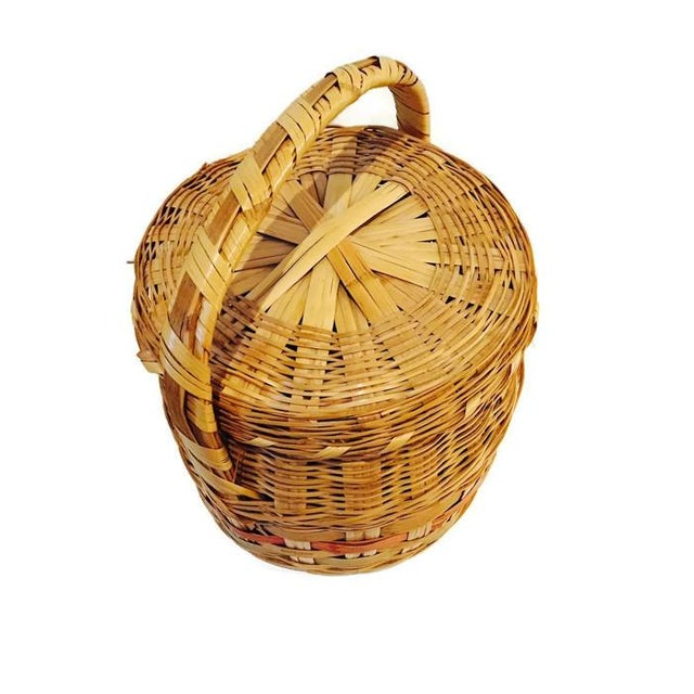 Image of Vintage Mexican Hand Woven Lidded Basket