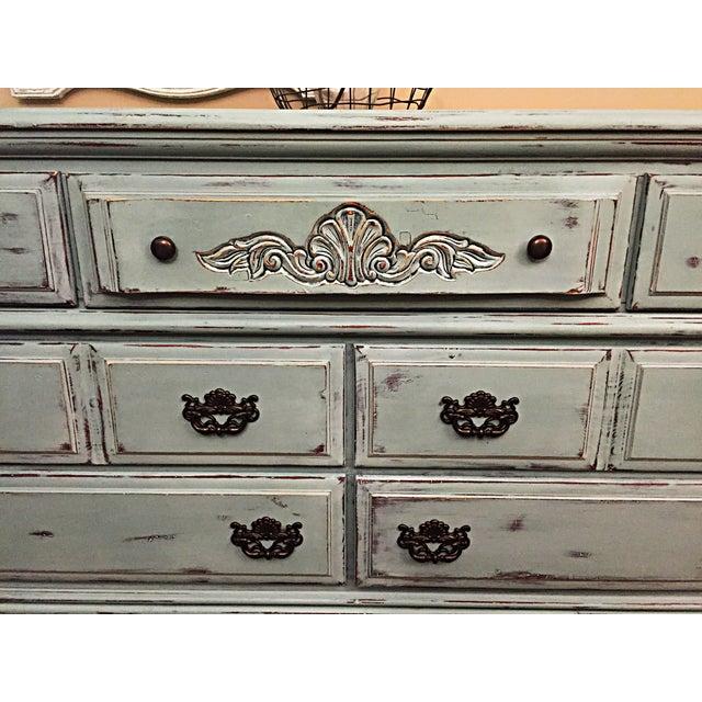 Vintage Distressed 7-Drawer Dresser - Image 7 of 10