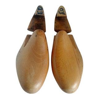 Cobbler Wooden Shoe Molds - A Pair