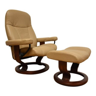 Ekorness Stressless Recliner Chair & Ottoman