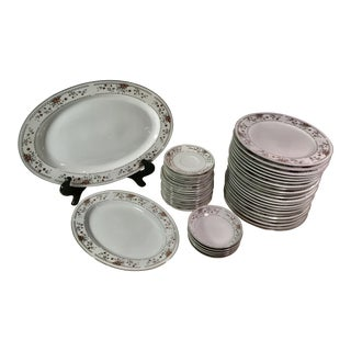 Claremont Wade Sone Dinnerware Set