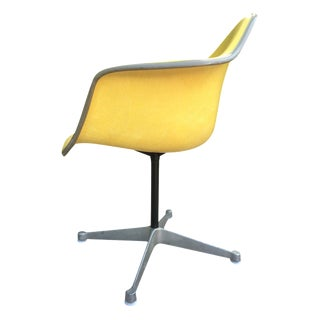 Herman Miller Aluminum Group Padded Shell Chair