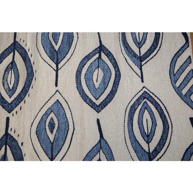 """Image of New Flower & Leaf Blue Kilim Rug - 4'8"""" X 6'"""