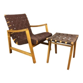 Jens Risom Model 652 Lounge Chair and Ottoman