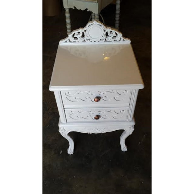 French Carved White Gloss Night Stands - A Pair - Image 3 of 6