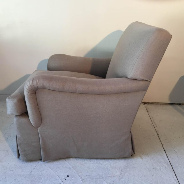 Baker Belgian Linen Club Chairs - A Pair - Image 6 of 9