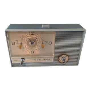 Vintage Retro Clock Radio