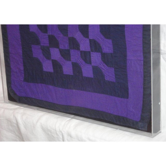 Rare 1940s Amish Bowtie Doll Quilt in a Plexy Box Frame - Image 3 of 5